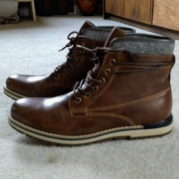 d0a8ce81165 Sonoma men's boots size 9 NWT